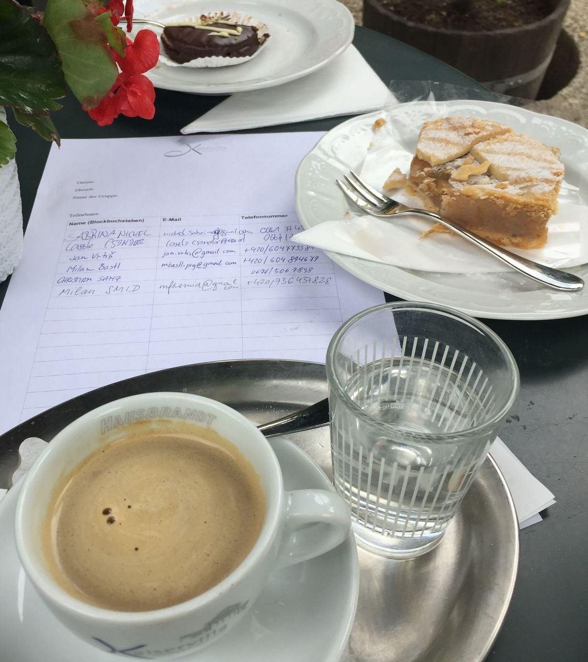 evidenční list Covidu v kavárně v Bad Ischlu