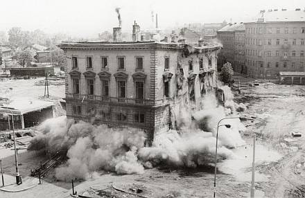 demolice nádraží Těšnov 16.3.1985