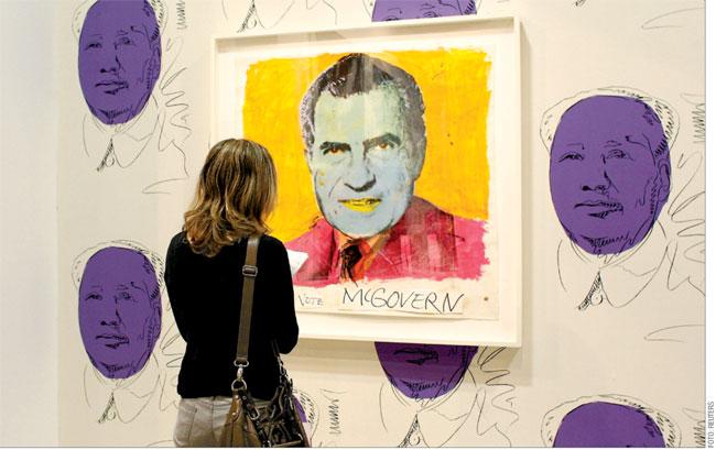 foto z výstavy A. Warhola v Paříži