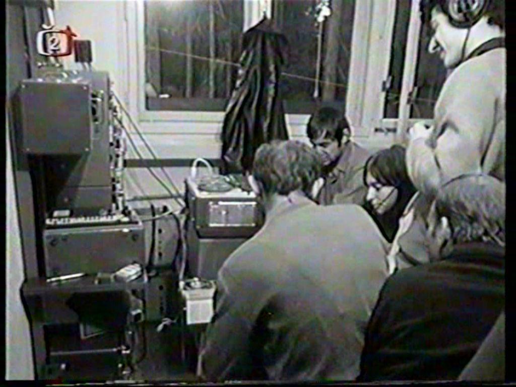 Vladimír Železný při vysílání v srpnu 1968 z vysílače Kleť